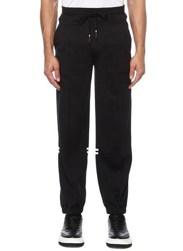 Neil Barrett Neil Barrett  Reflektif Şeritli Jogger Pantolon 101546436 Siyah